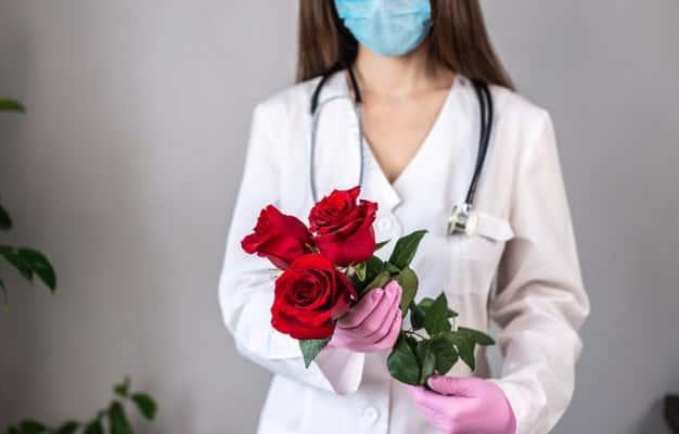 Evlenmek İsteyen Doktorlar